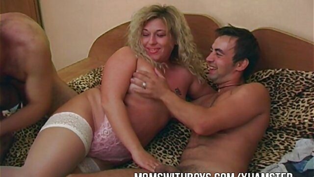 XXX nessuna registrazione  Ragazze brutali colpiscono l'ano. film erotico video