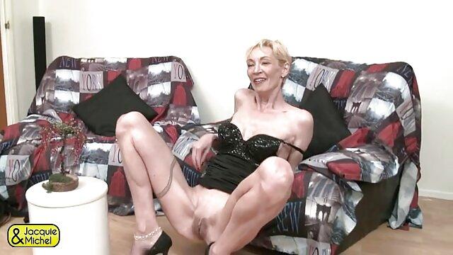 XXX nessuna registrazione  Avere una bionda con il cancro. video erotico 69
