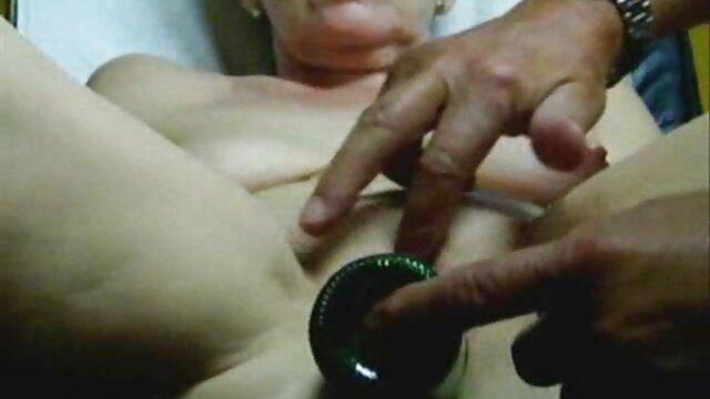 XXX nessuna registrazione  Sesso di gruppo film erotici tube invece di massaggio.