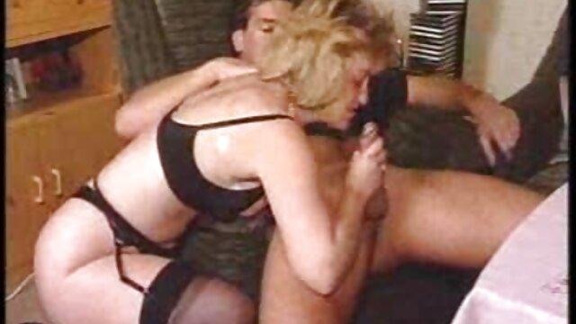 XXX nessuna registrazione  Allenatore scopata la ragazza dopo video film erotico la pratica.