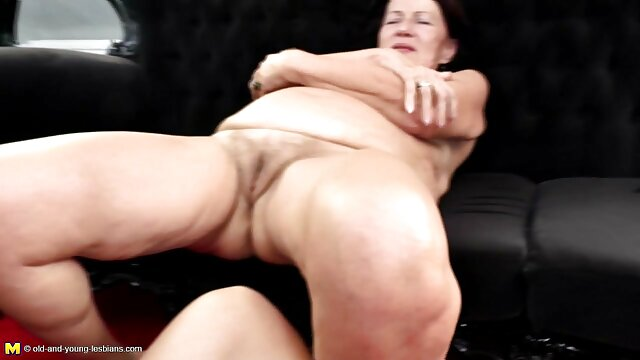 XXX nessuna registrazione  Dea del sesso anale. filmini erotici