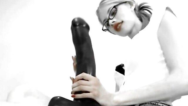 XXX nessuna registrazione  Salva una cagna in una gabbia e la video erotici italiani gratis scopa nel culo.