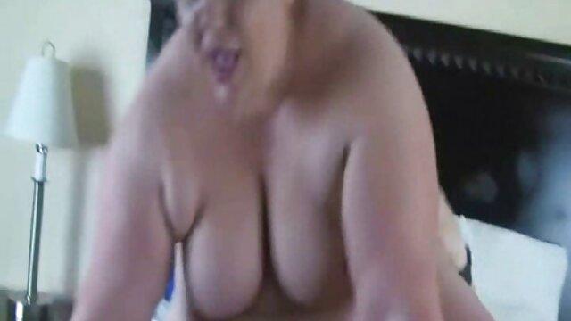 XXX nessuna registrazione  Pihar mangiare video sexi erotico Russo a letto.
