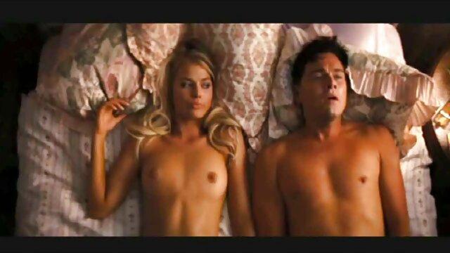 XXX nessuna registrazione  Andriana ama anche il sesso. film sexy italiani gratis