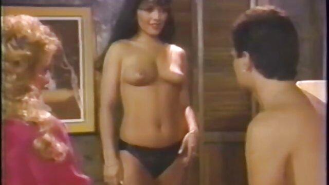XXX nessuna registrazione  Le due film erotici video gratis ragazze nude.