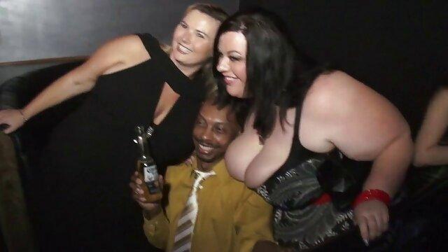XXX nessuna registrazione  Porno star Tasha Reign filmerotici gratis vi mostrerà tutto.