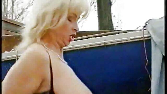 XXX nessuna registrazione  L'estetica aiuta i giochi erotici pornhub calzini.