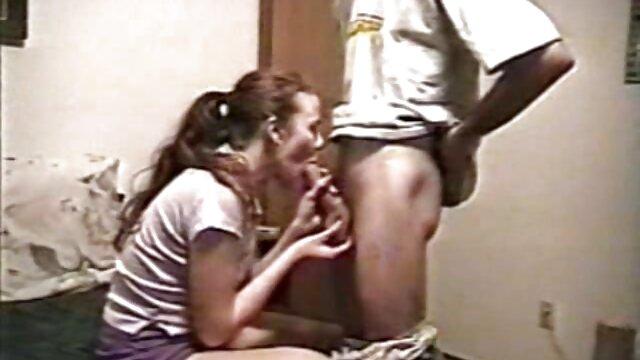 XXX nessuna registrazione  La ragazza ha un video erotico accettato il sesso anale.
