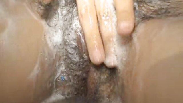 Porno nessuna registrazione  Marito tradisce moglie con donna delle film erotici tinto brass gratis pulizie.