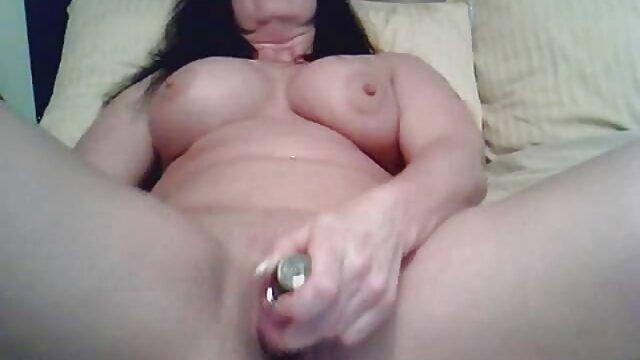 XXX nessuna registrazione  Appoggia la ragazza al sesso film erotici cuckold con coraggio.