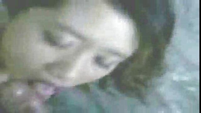 XXX nessuna registrazione  La bionda cuochi massaggi giapponesi erotici in cucina dorme vagina.