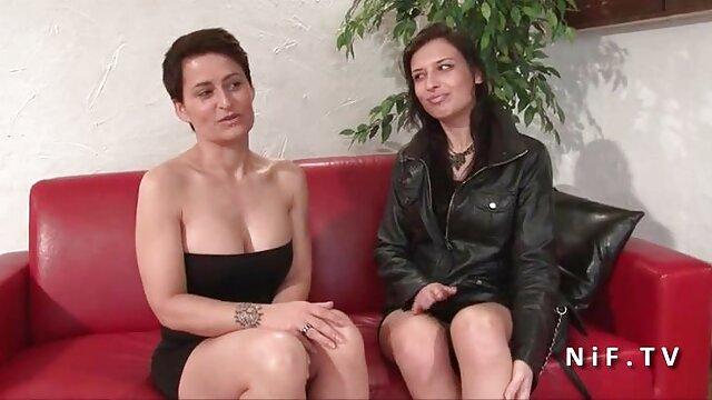 XXX nessuna registrazione  L'erede di Pushkin scoreggia nella rossa russa. film erotici vintage streaming