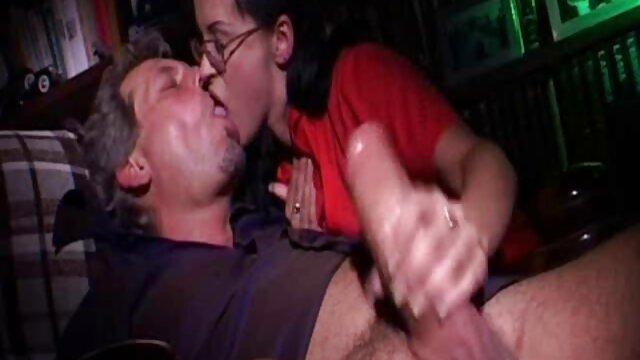 XXX nessuna registrazione  Il torace viene esaminato film interi erotici per vedere la forza della dannata cosa.