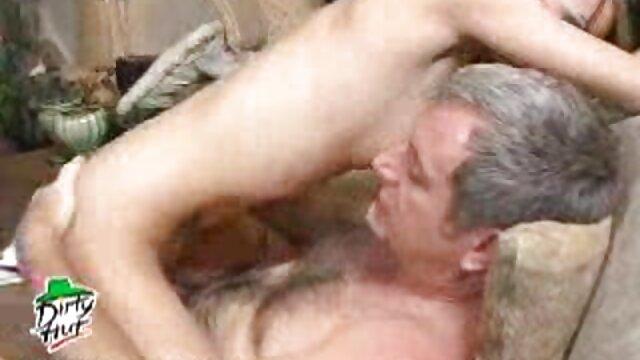 XXX nessuna registrazione  Lo studente leccò la film erotici moana pozzi vagina al tassista.