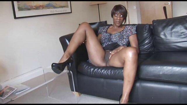 XXX nessuna registrazione  BBW macho abbronzato. film erotico di belen