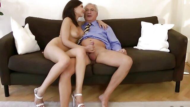 XXX nessuna registrazione  Lo xhamster film erotici psicologo sta provando la Lesbica nascosta.