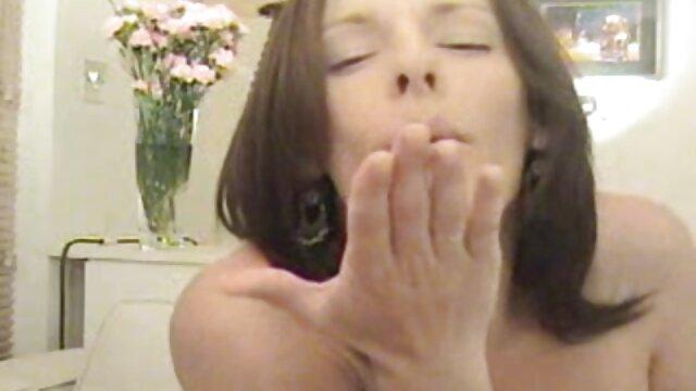 XXX nessuna registrazione  Orgia con film erotici xhamster una puttana rossa russa.