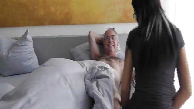 Porno nessuna registrazione  Allenano interessanti atleti russi film erotic videos nel canile.