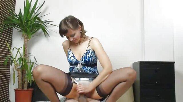 XXX nessuna registrazione  Paffuto nel cast. video porno film erotici