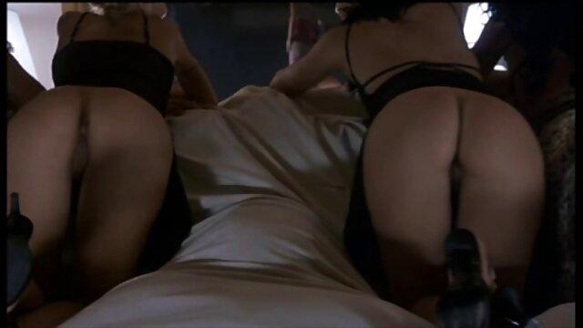 XXX nessuna registrazione  Russo Kimberly Clark filmini erotici Scopa.