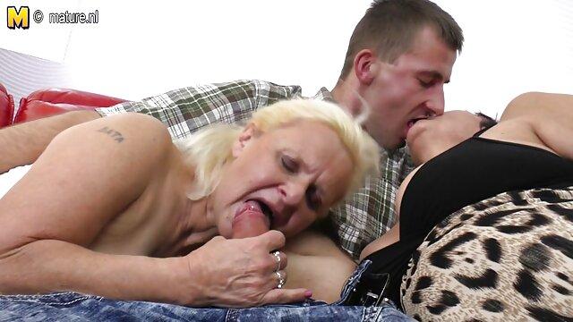 XXX nessuna registrazione  Fresco mamma bere sperma dopo il sesso. video erotici attrici italiane