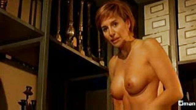 XXX nessuna registrazione  La bellezza russa video erotici stupro la scopa.
