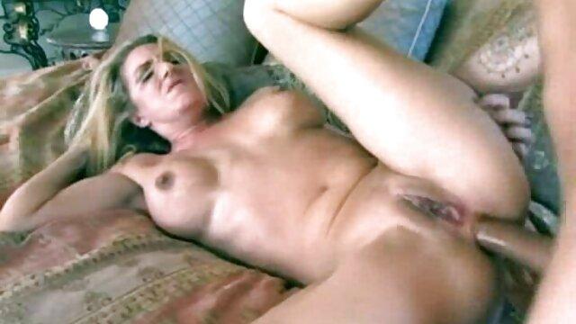 XXX nessuna registrazione  Russo video porno con giochi erotici cazzo.