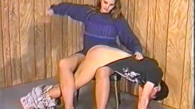 XXX nessuna registrazione  Charming fa un film erotici completi grande successo per Pan Smusu.