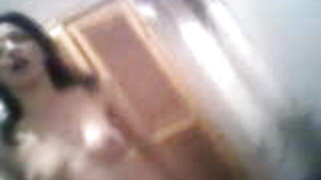 Porno nessuna registrazione  Fanculo la bionda dagli video erotici scambisti occhi azzurri.