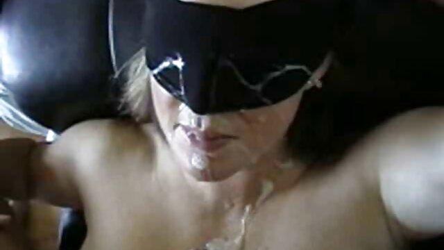 XXX nessuna registrazione  A proposito di una madre film completi erotici italiani matura con cancro.