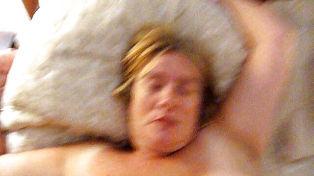 XXX nessuna registrazione  Le lesbiche hanno videos erotici un orgasmo allo stesso tempo.