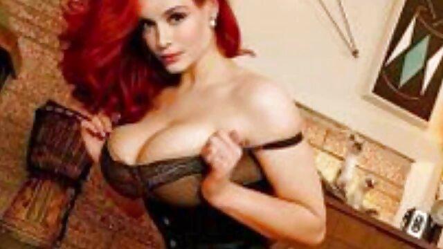XXX nessuna registrazione  La giovane donna sta per massaggio erotico moglie fare sesso con un bidello in un dormitorio.