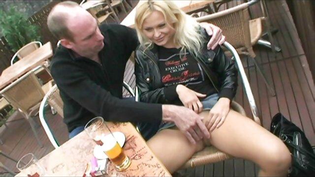 XXX nessuna registrazione  Un uomo scopata da un amante nella zona pic-nic. film completo erotico