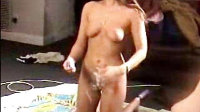 XXX nessuna registrazione  Il vedere film erotici gratis ciccione scoreggia come un russo.
