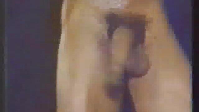 XXX nessuna registrazione  Fiton scherzi giochi erotici amatoriali con un allenatore.