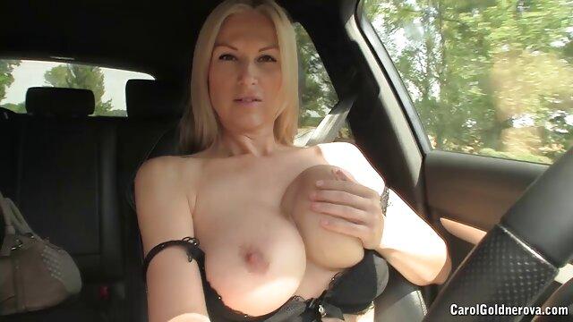 XXX nessuna registrazione  Spara lo sperma del ragazzo magro. video amatoriali erotici