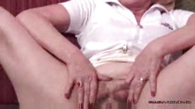XXX nessuna registrazione  Leccare la vagina di una donna in posa 69. film erotico tube