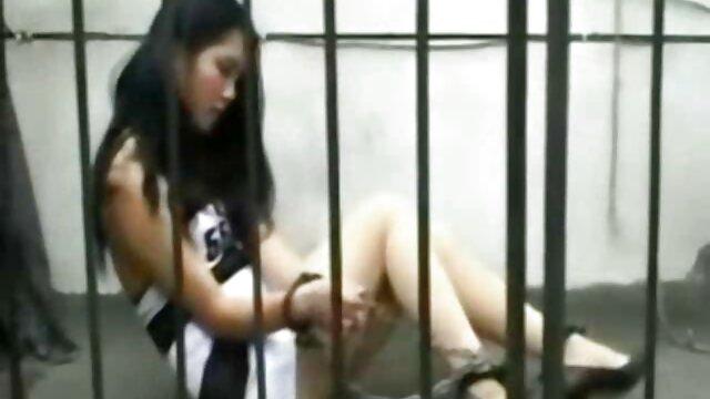 XXX nessuna registrazione  Sesso con un video erotici per donne informale.