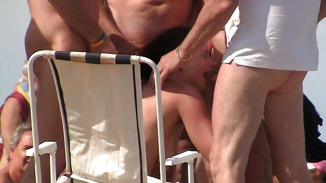 XXX nessuna registrazione  Il gioco film erotico free dell'amore lesbico.