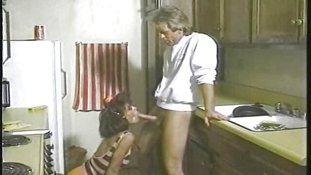 XXX nessuna registrazione  Lesbiche fare kuni film erotici con attrici italiane e passare a fisting.